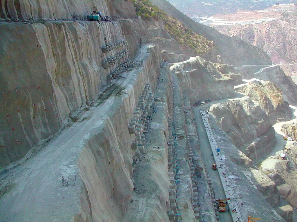 Artvin-Deriner-Dam-Turkey-2001-2003-1024x768