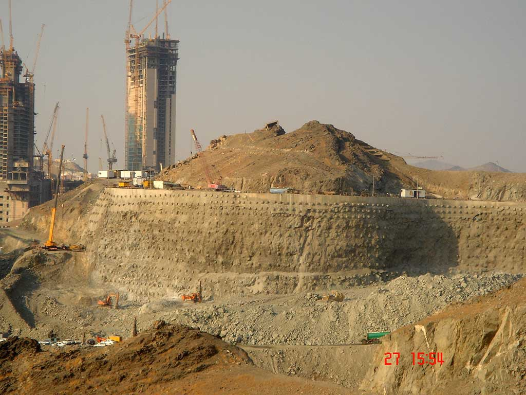 Chiller-Plant-Makkah-2-Saudi-Arabia-2006-1024x768