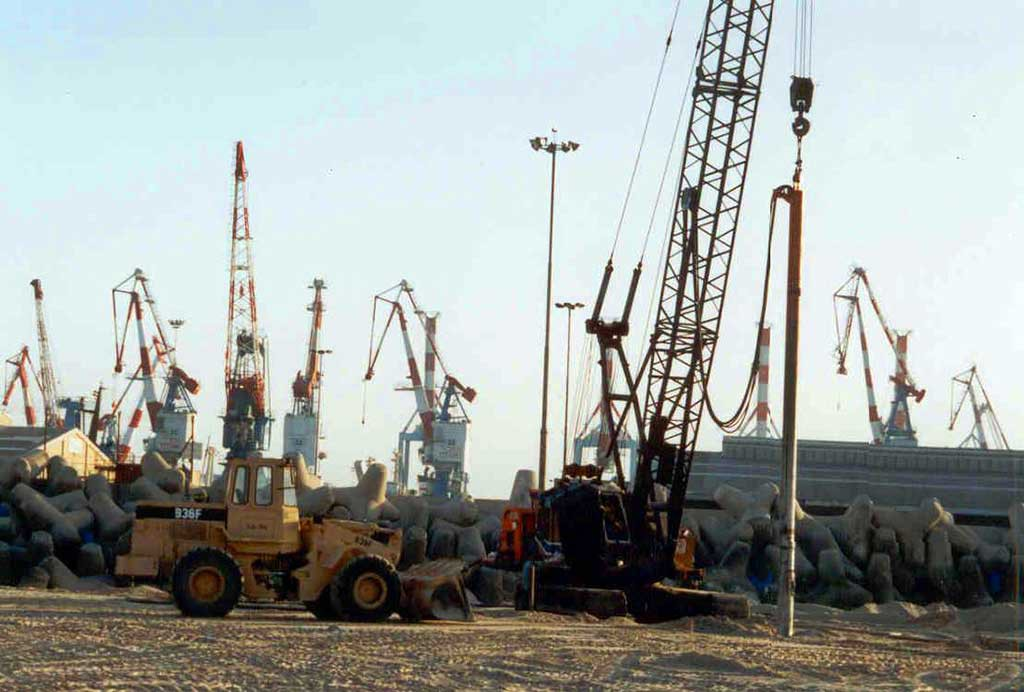 Extension-of-Port-Project-2-Middle-East-2001-1024x692