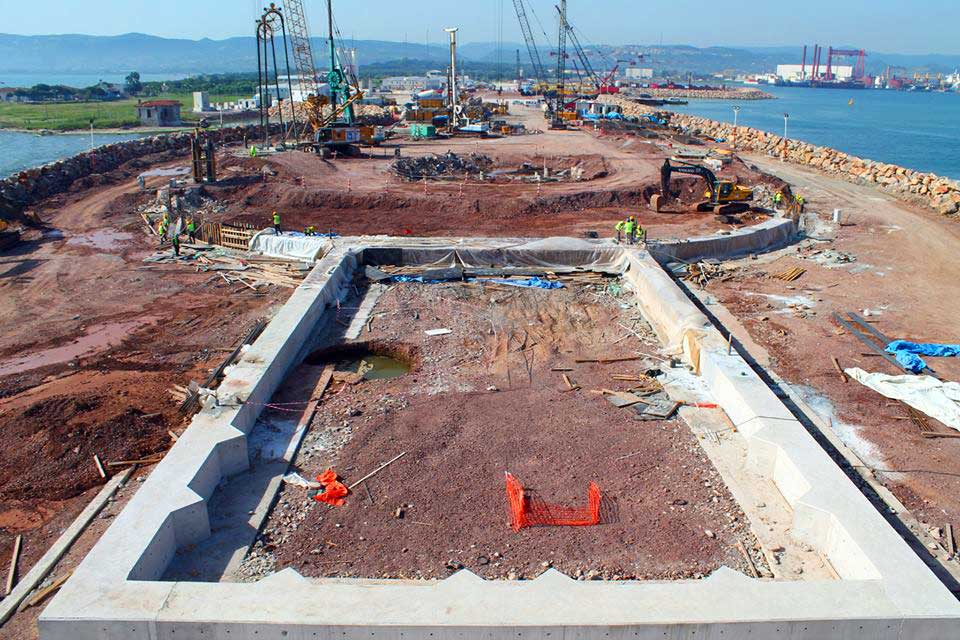 Izmit-Suspension-Bridge-Project-South-Anchor-Block-2-Turkey-2013