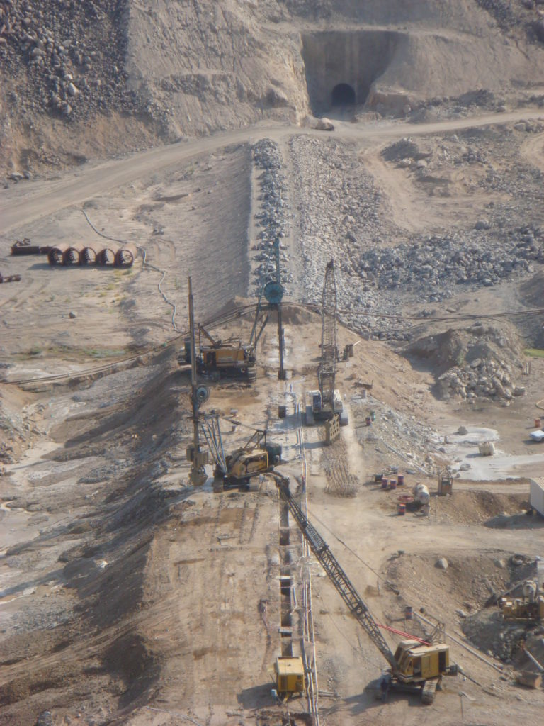 Murwani-Dam-2-Saudi-Arabia-2006-768x1024