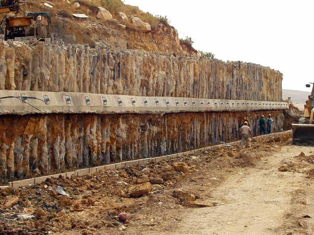 Qued-Atmenia-Dam-Algeria-2002-2007-1024x768